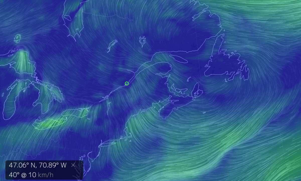Courants atmosphériques de surface (lignes vertes)