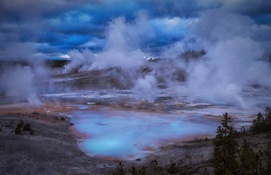 USA : ÉRUPTION VOLCANIQUE DE YELLOWSTONE