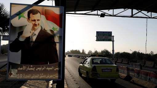 """Le régime syrien a dénoncé samedi comme une """"violation flagrante"""" du droit international l'opération militaire menée par les Etats-Unis, la France et la Grande-Bretagne"""