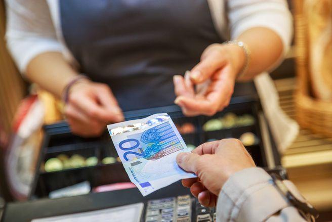 Les commerçants rendront bientôt la monnaie pour un achat en carte bancaire