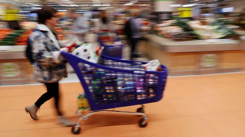 Loi alimentation: certains prix ont explosé en une semaine
