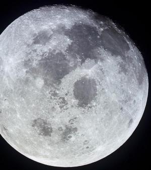La NASA démontre que la Lune est secouée de tremblements de terre et se rétrécit peu à peu
