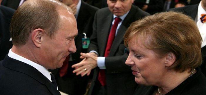 Union Européenne : la France essaie de ravir la première place à l'Allemagne