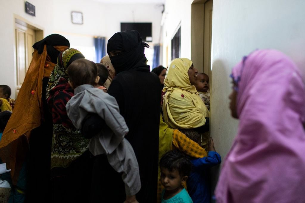 Panic in Pakistani City After 900 Children Test Positive for H.I.V.