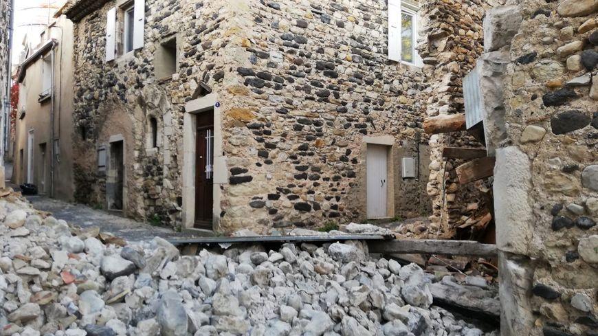 """MAJ - Séisme dans la Drôme : """"aucun dommage apparent"""" dans les sites nucléaires"""