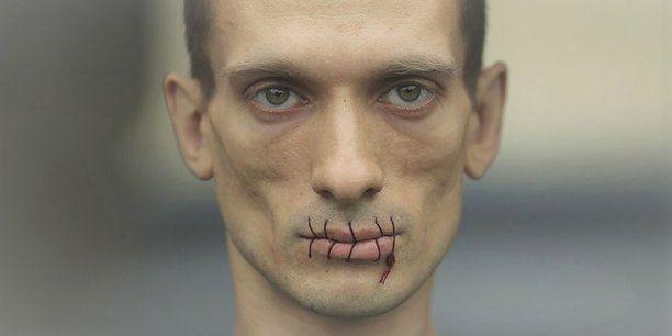 Pavlenski: «Je pensais que la France était le pays de la liberté d'expression» mais «c'est pas du tout» vrai -