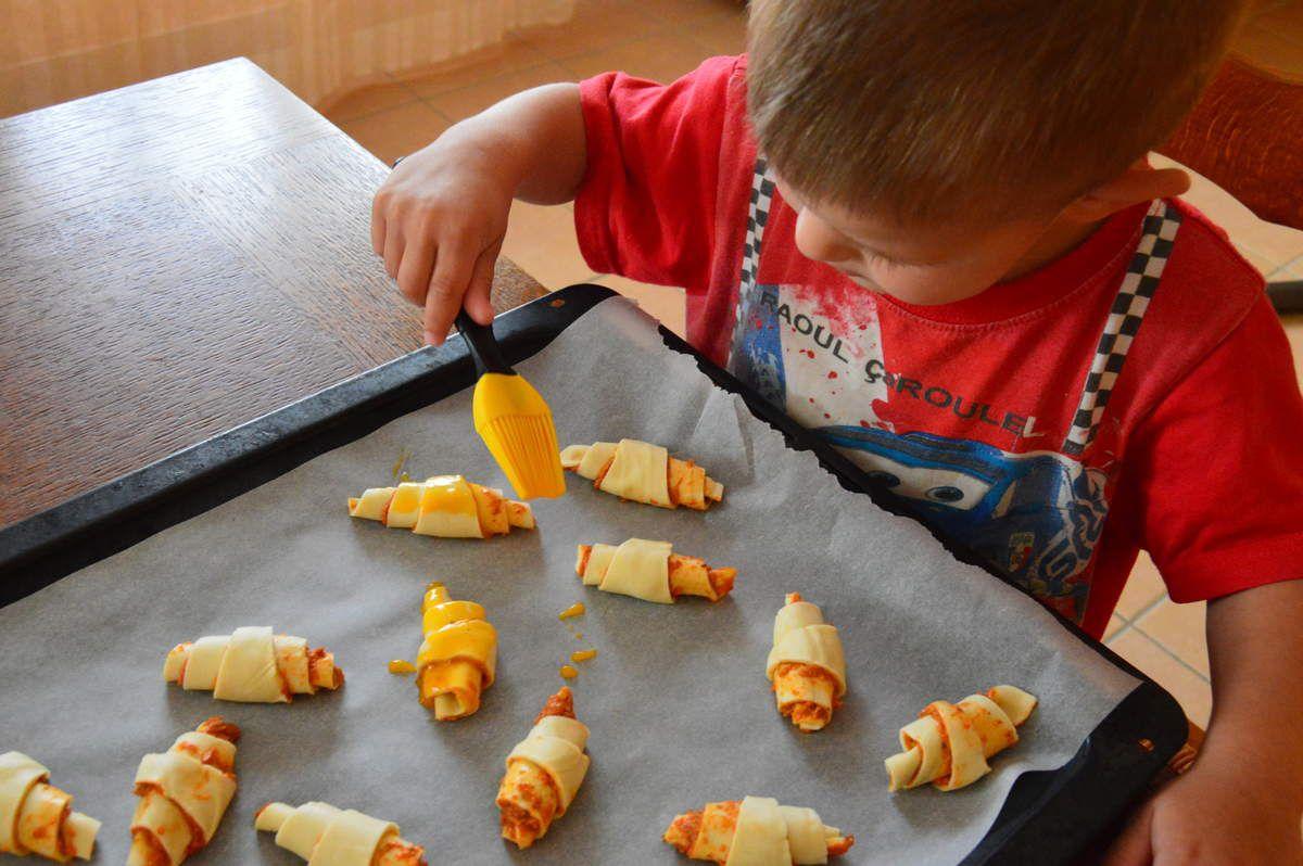 Croissant apéro à la ricotta/tomate, parmesan et origan