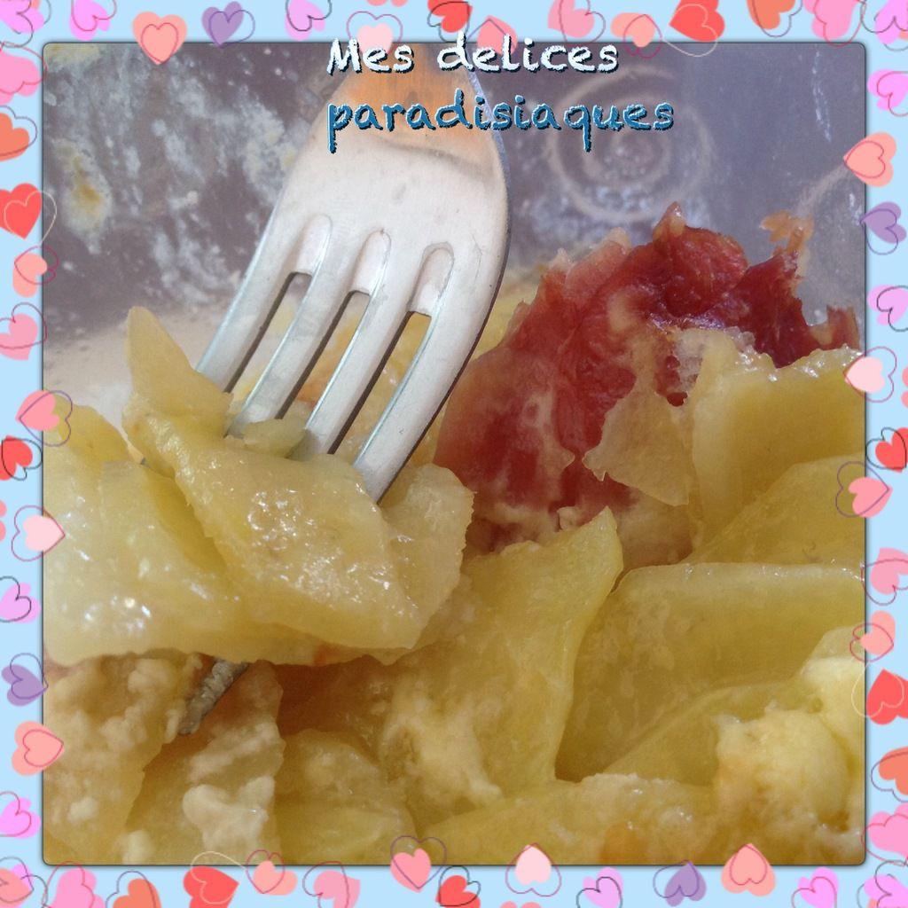 Gratin de pommes de terre au munster et au jambon cru