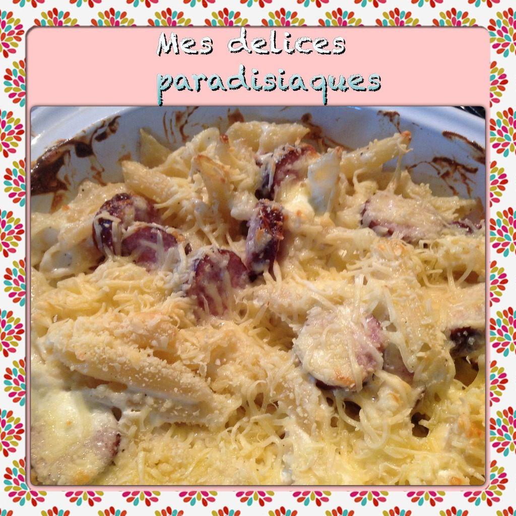 Gratin de macaronis au mascarpone et saucisses montbéliardes