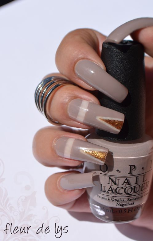 OPI - Iceland a Bottle of OPI ( collection automne 2017 )