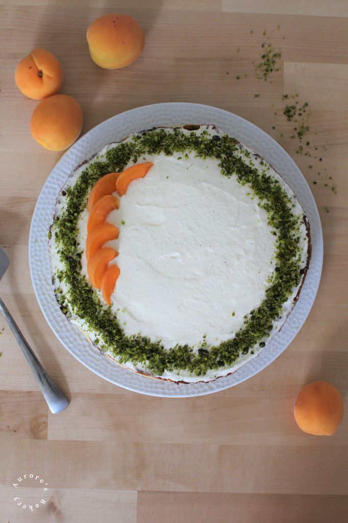 Tarte aux abricots, amandine pistache.