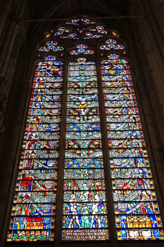 Totalité de la Verrière de l'Arbre de Vie à Saint Nazaire de Carcassonne (photo Wikimedia commons)