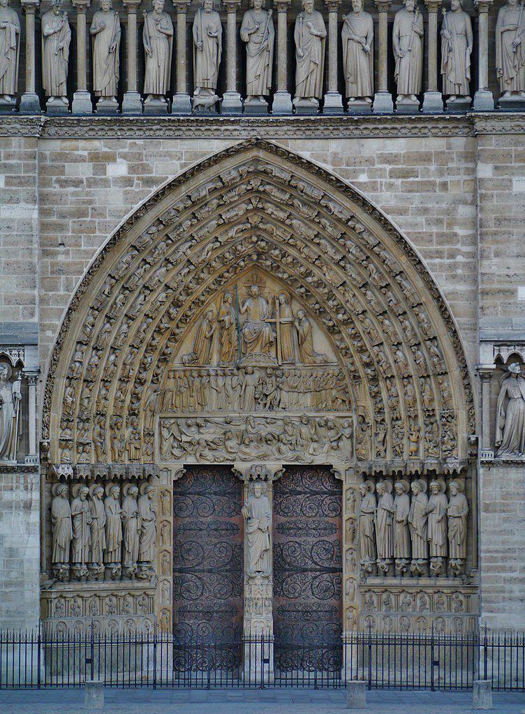 Cathédrale Notre-Dame de Paris : portail du Jugement dernier (13° s.) (Photo Wikimedia commons)