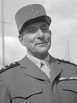 Jean de Lattre de Tassigny en 1946, photo Willem van de Poll, Archives nationales, Wikipédia CC.