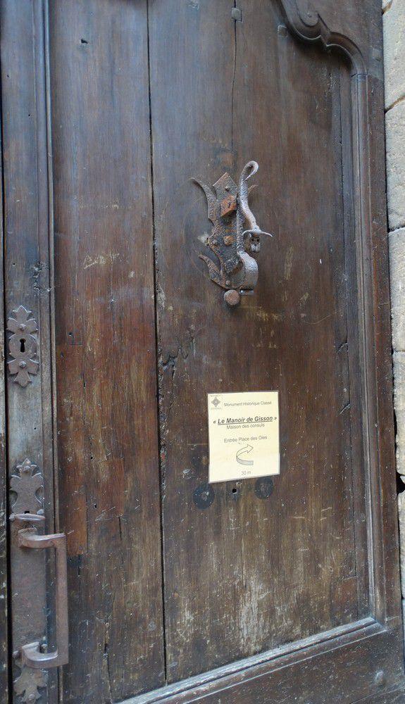 Sarlat : portes et heurtoirs...