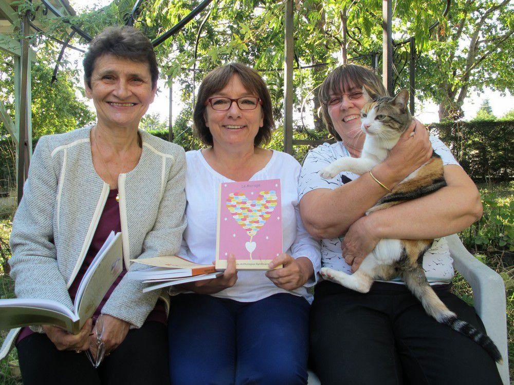 Annette, Cathycat et Ecureuille dans mes bras - Photo de Christian Seguin
