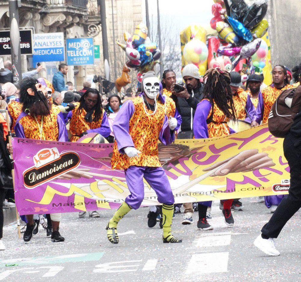 Le carnaval de Bordeaux 2016 : les danseurs...