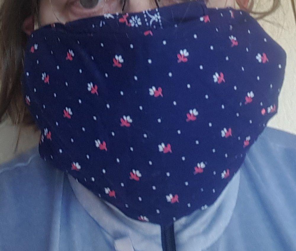 Un masque de protection très facile à réaliser, sans couture ni agrafage...