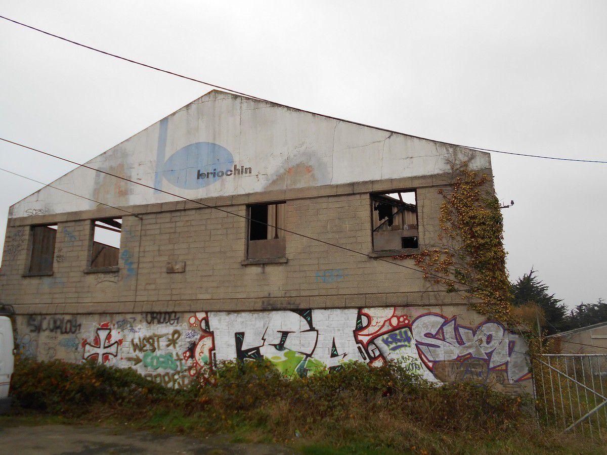 Urbex 22 : Une ancienne 'caserne'