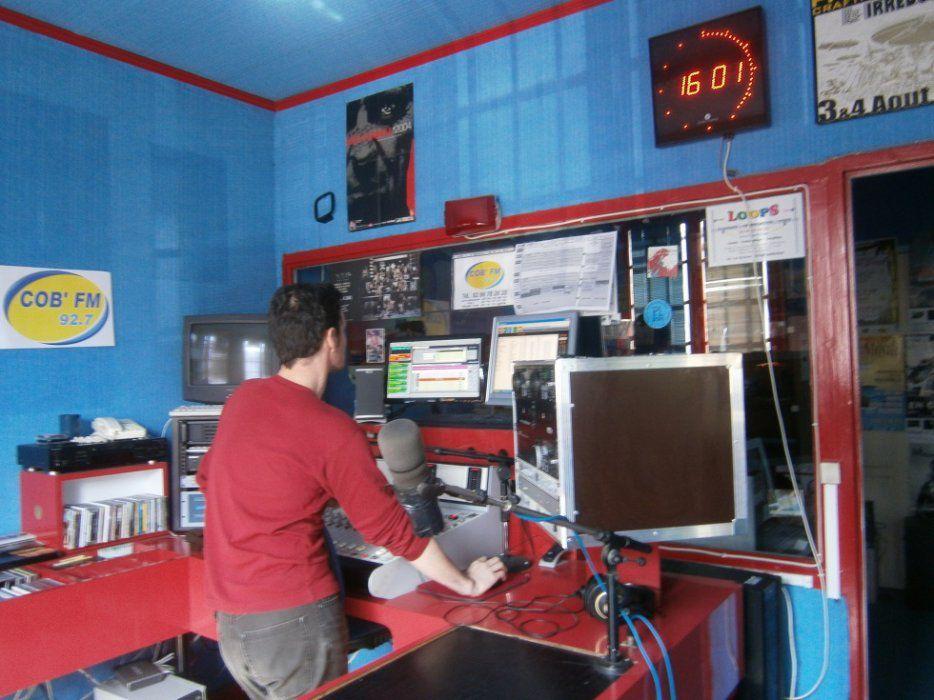 COB FM 92.7