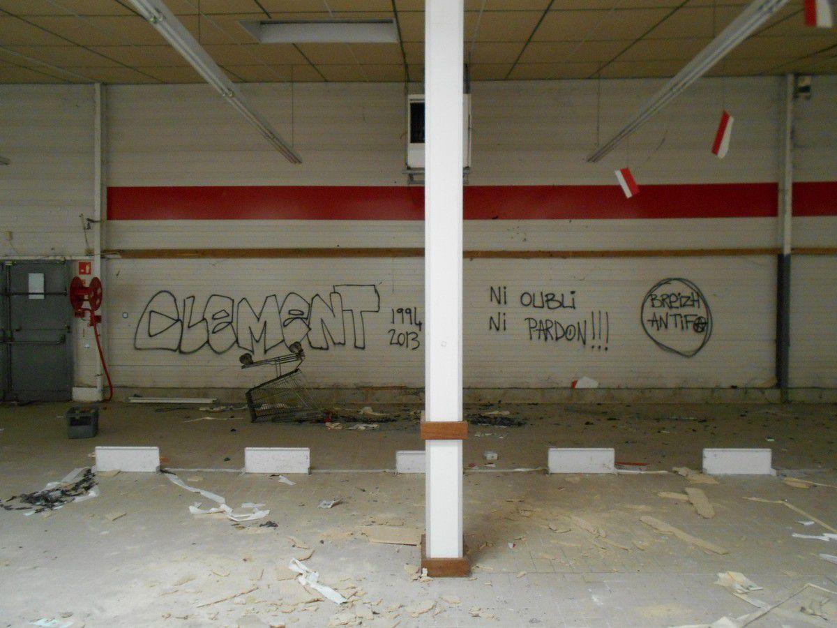 Urbex 22 : Le supermarché abandonné