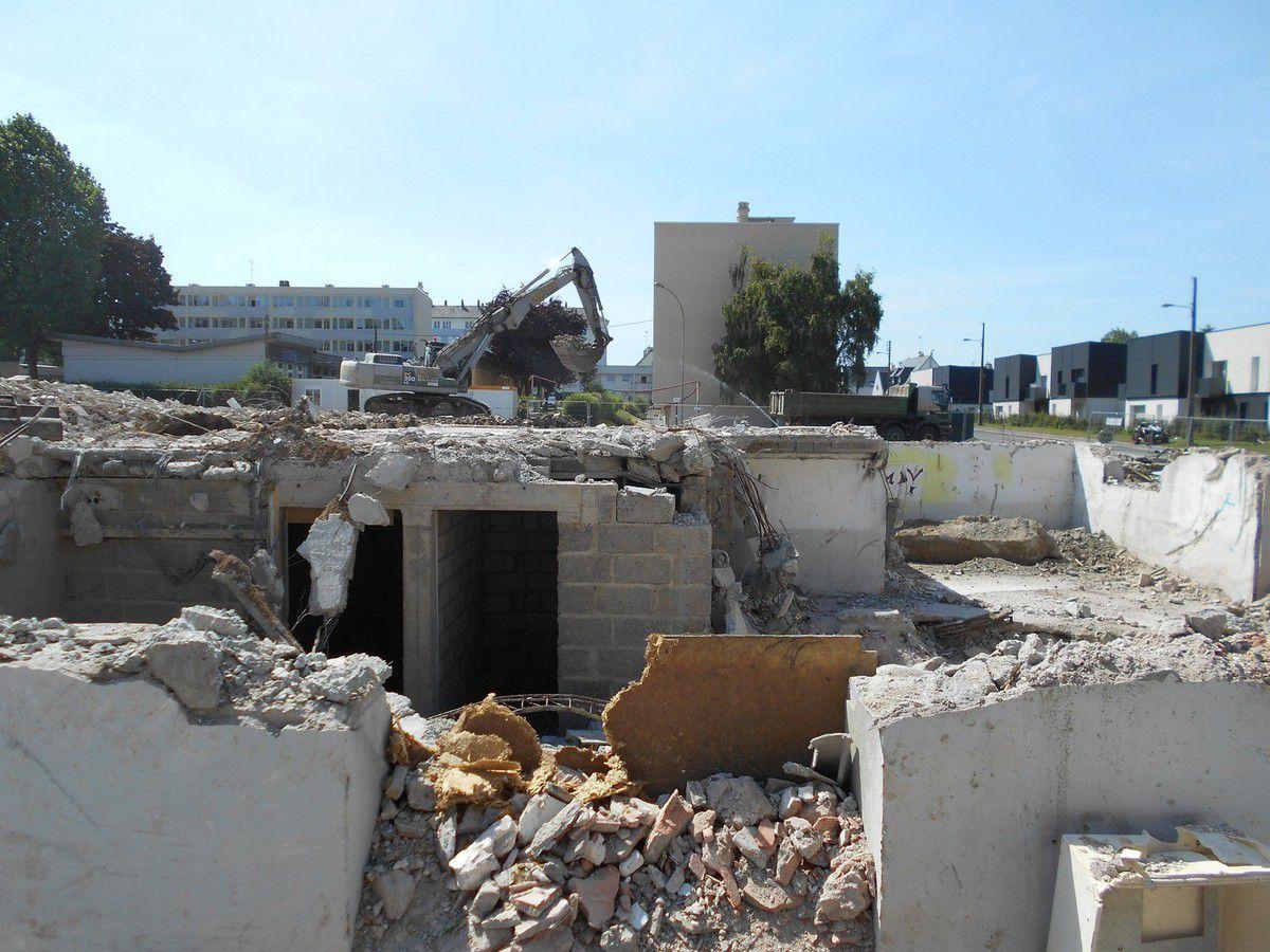 Déconstruction : Le quartier Waron