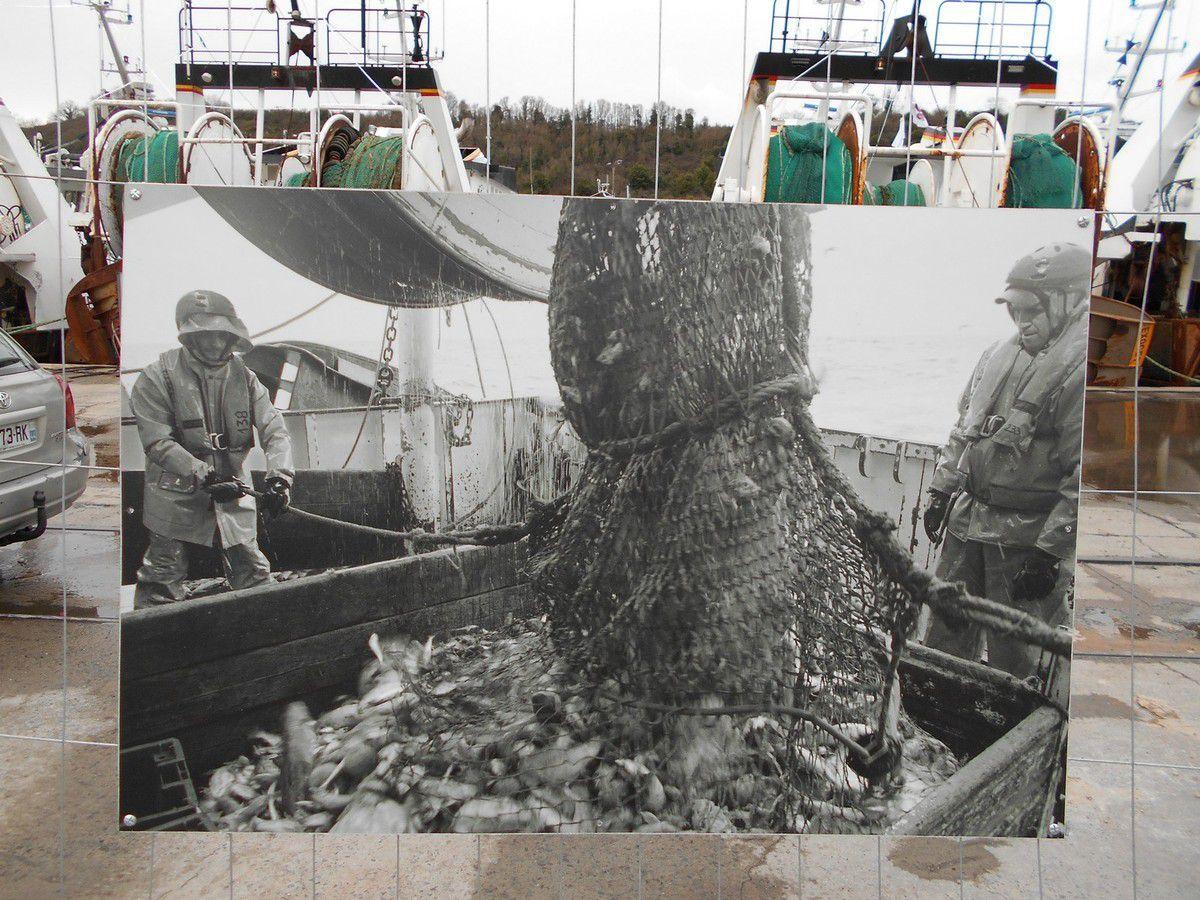 Saint-Brieuc : Le Légué, les 21 chalutiers et l'expo photo