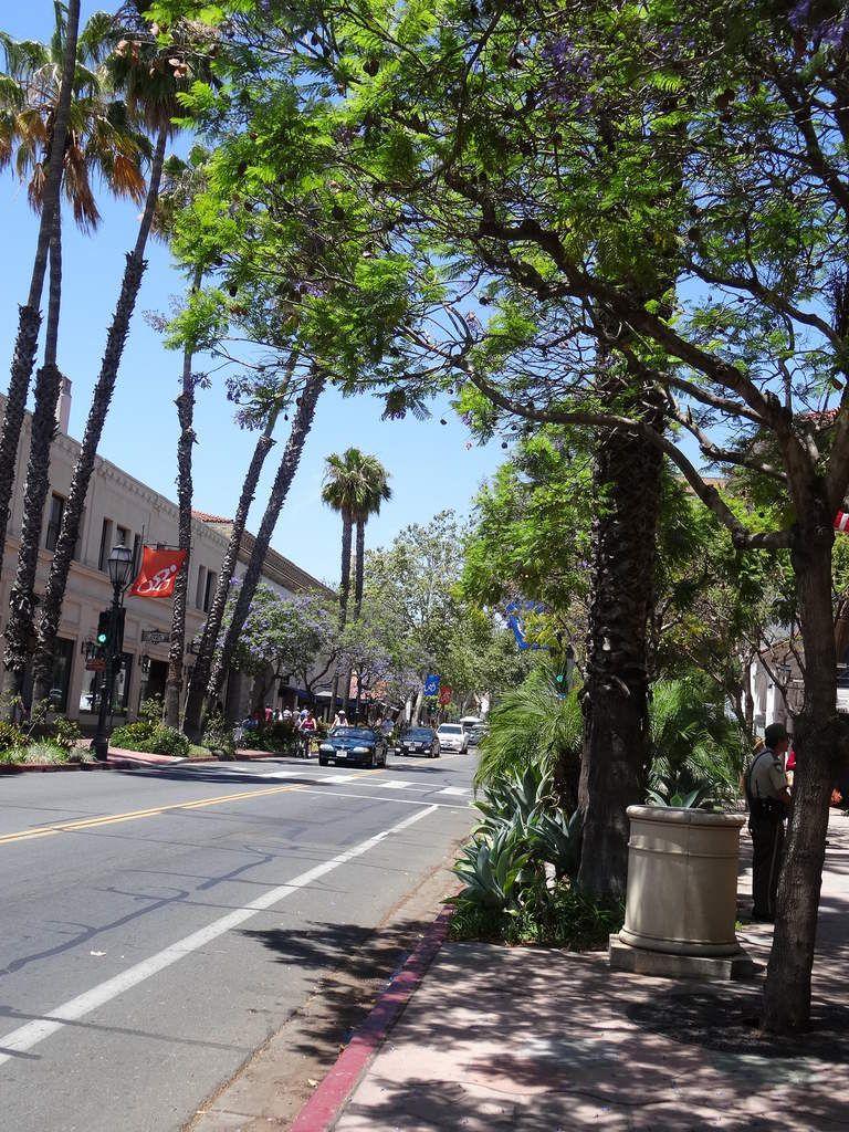 ETATS-UNIS... Monterrey - Santa Barbara
