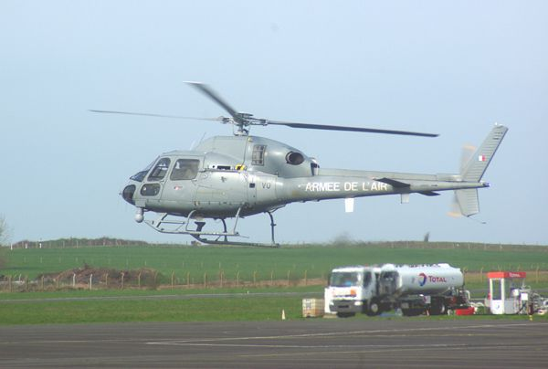 L'Armée de l'air est venue avec l'Aérospatiale AS-555 Fennec matricule VO.