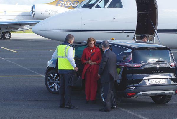 Sophia Loren, marraine du bateau, avant de repartir.