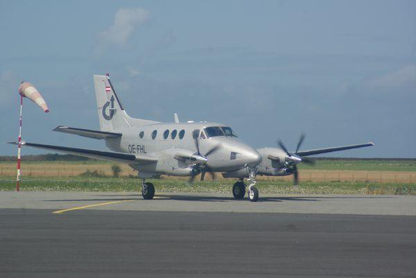 Le Beech King Air C90 OE-FHL.