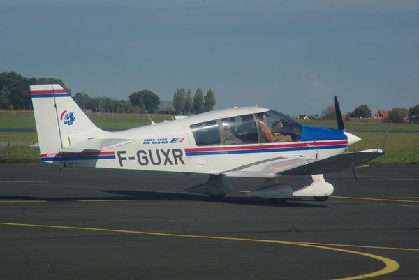Le Robin DR-400 F-GUXR de l'Aéro-club Air France.