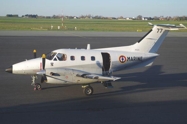 L'Embraer 121 Xingu N°77 de la Marine Nationale.