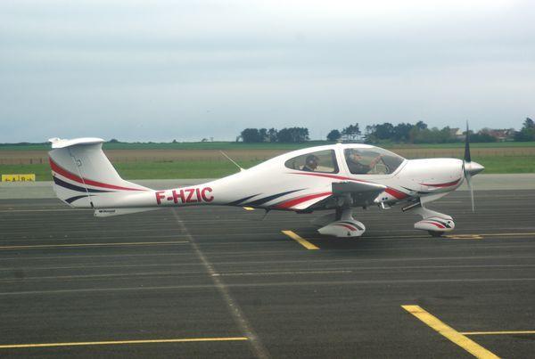 Le Diamond DA-40 F-HZIC.