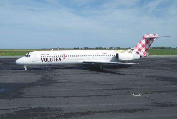 Le Boeing 717 EC-MGS de la compagnie espagnole Volotea.