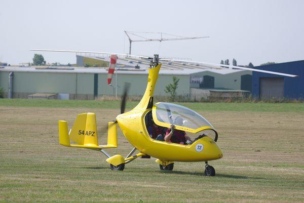 Auto-gyro Calidus concurrent 72
