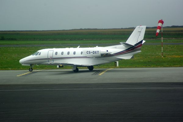 Et le Cessna Citation Excel CS-DXT.