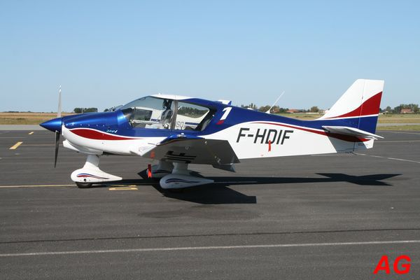 Le Robin DR-400 F-HDIF.