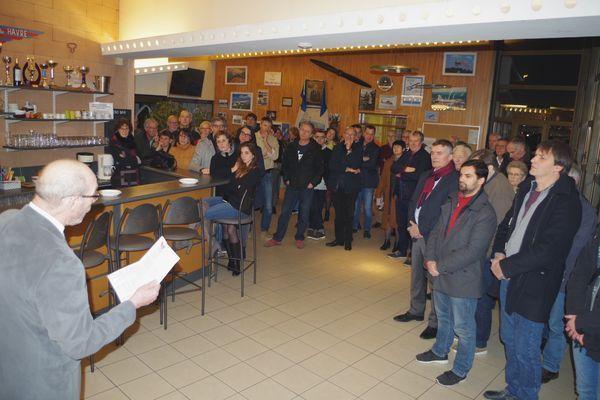 Le président devant les membres de l'Aéro-club du Havre Jean Maridor.