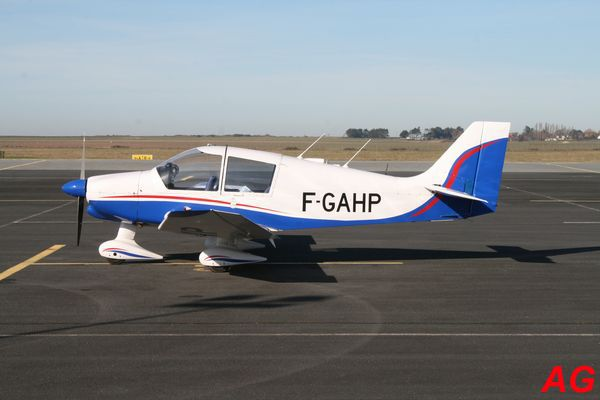 Le Robin DR-400 F-GAHP.