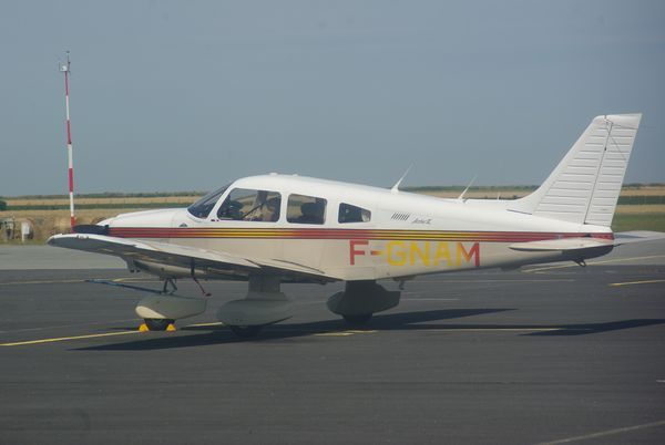 Le Piper PA-28 F-GNAM.