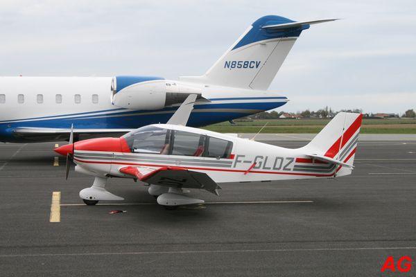 Le Robin DR-400 F-GLDZ que l'on a déjà vu, avec une nouvelle décoration.