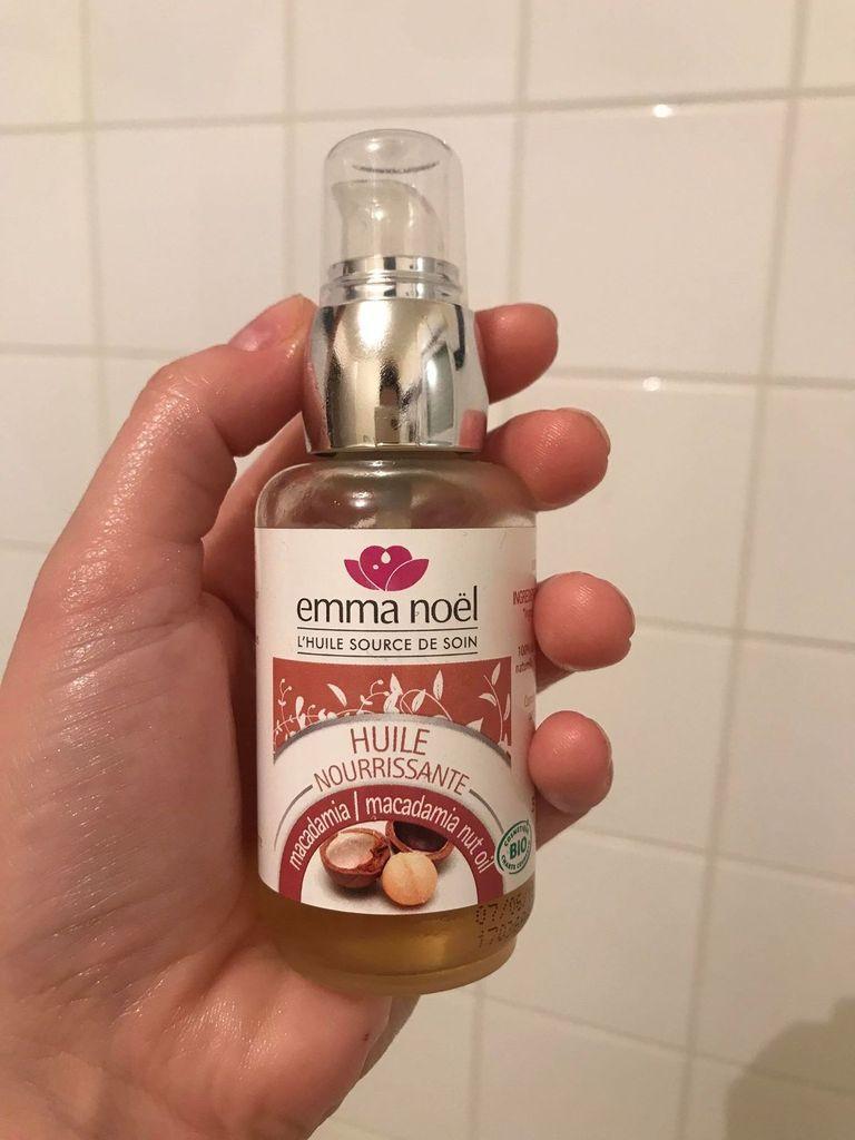 Les bienfaits de l'huile de macadamia pour les cheveux ! - Emma Noel
