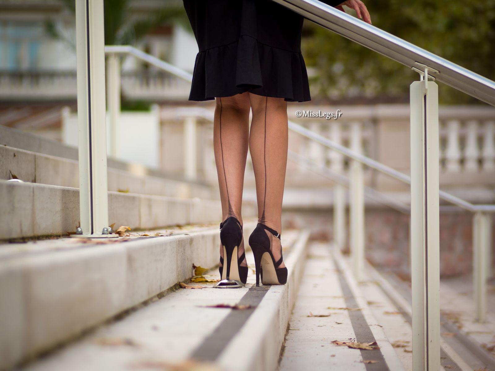 http://www.misslegs.fr/ - Vintage nylon - shoes Kurt Geiger - Dress Surpouss