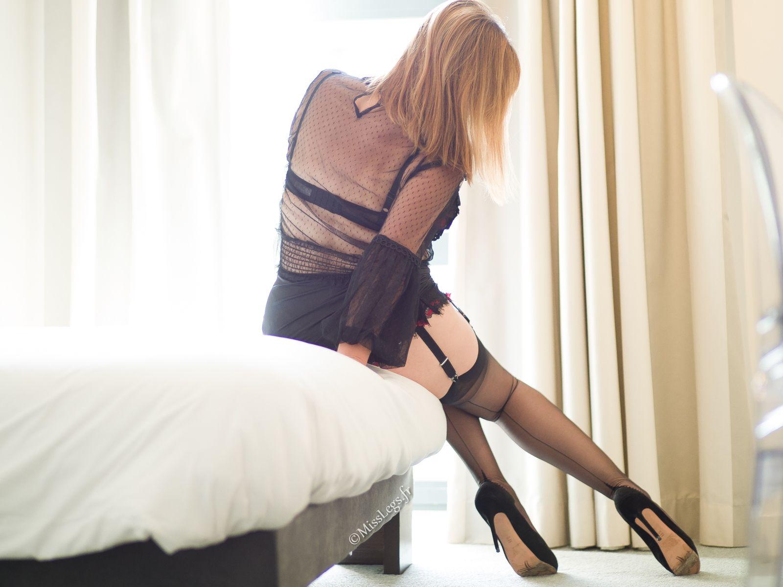 http://www.misslegs.fr/ - https://www.instagram.com/misslegs.fr/?hl=fr - https://ladamedefrance.com/