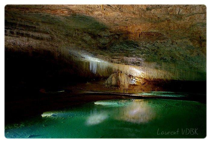 Le lac souterrain de la Grotte de Choranche