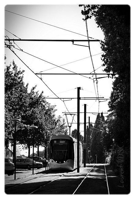 Métro en noir et blanc à Sotteville-lès-Rouen