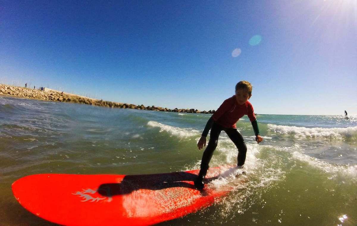 SURF , SUP ET SKATE POUR LES MINOTS DU PASC
