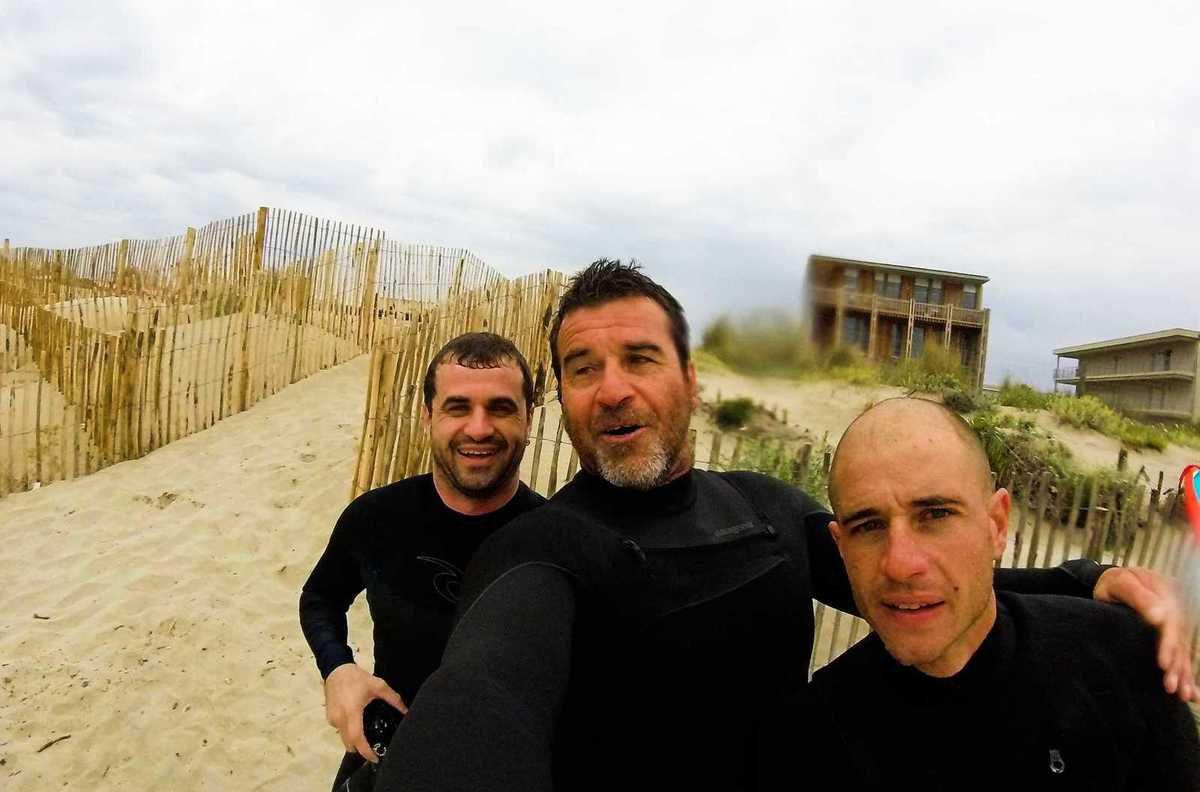 SURF SESSIONS ICI ET LA