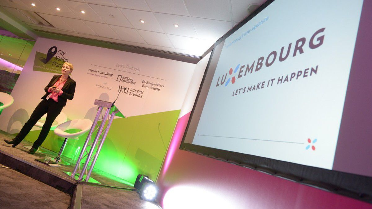 Presentation of Inspiring Luxembourg nation brand at the City Nation Place conference (photo taken from the website www.citynationplace.com)